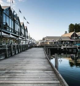 fremantle pier boardwalk