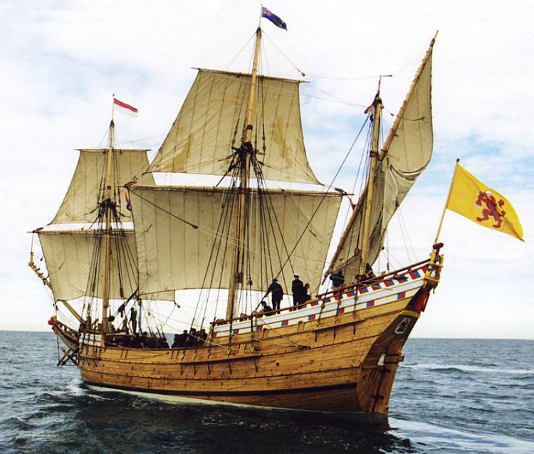 Duyfken_Replica_Under_Sail