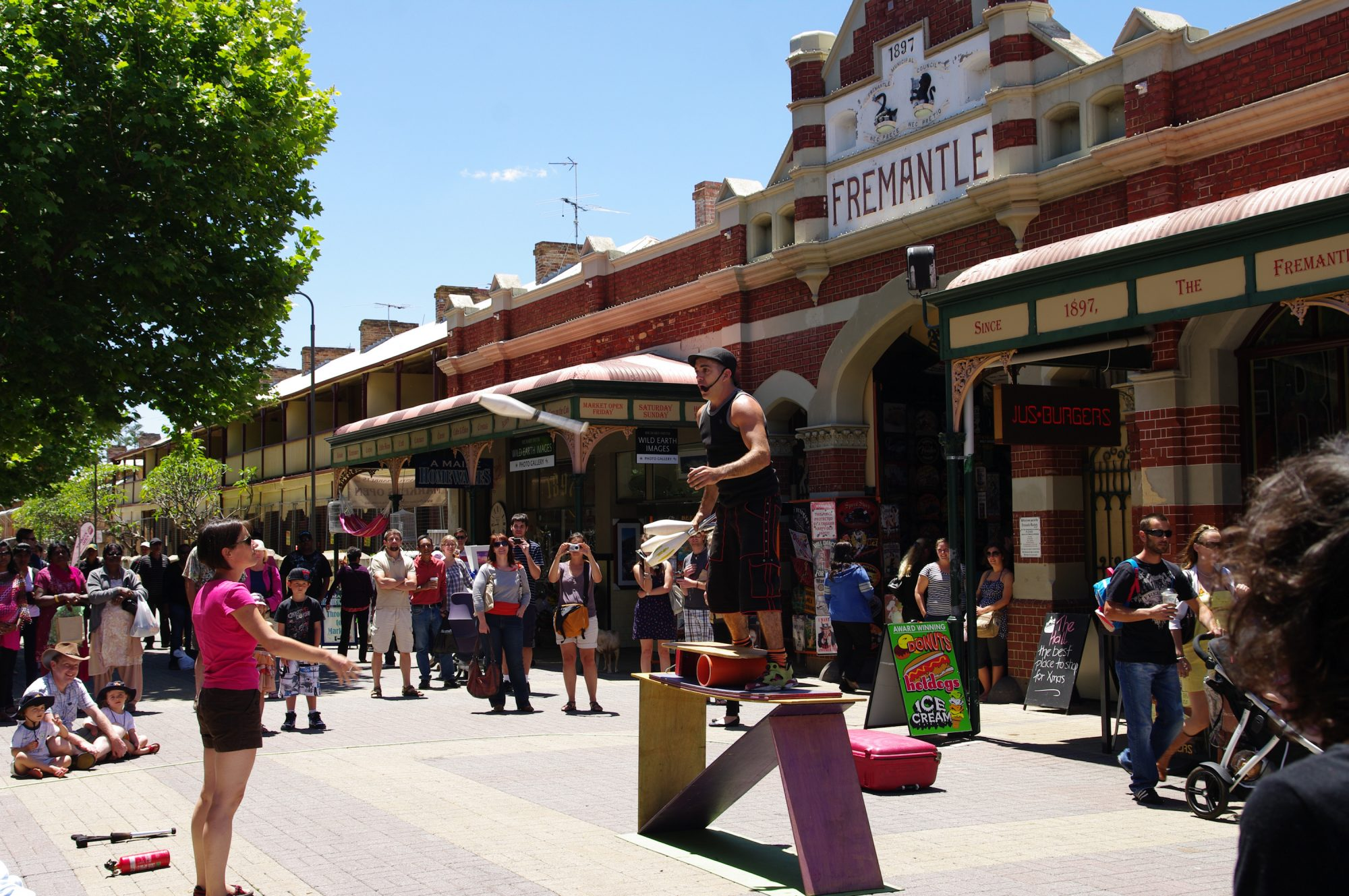 stay at callans apartments and visit the fremantle markets